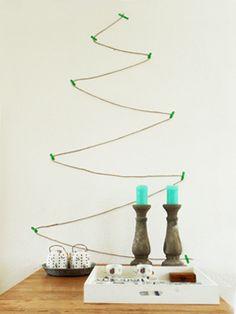 Simpel en strak: een #kerstboom van touw en washi tape.  #kerstmis #knutselen #DIY