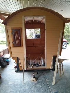 Picture of Gypsy Wagon Construction