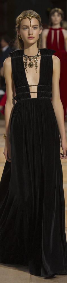 Valentino FW 2015 couture runway. Luxury, fashion, weddings, bridal style, design, jewelry, beauty