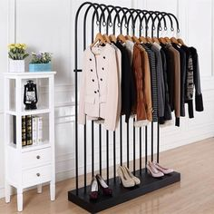 RACKS Clothing Display Racks Apparel Display Fixtures-Clothes Display-Show Good Display Products Co. Clothing Store Displays, Clothing Store Design, Retail Clothing Racks, Fashion Store Design, Regal Design, Boutique Interior, Retail Boutique, Decoration Inspiration, Interior Decorating