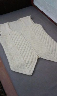 Örgü bayan yelek modelleri örgü bebek yelek örnekleri  #tığişi #bebekyelek #yelek Crochet Jacket, Knit Vest, Body Warmer, Baby Knitting Patterns, Shawl, Pullover, Sweaters, Jackets, Clothes