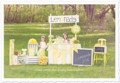 Hello Summer… Lemonade Stand mini sessions! » carrieferrisphotography