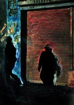 Sin título. Serie: Retratos de ciudad  de 1998 Fotografía en blanco y negro pintada a mano Colección Fundación Fernell Franco