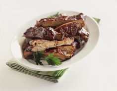 Sweet BBQ Crockpot Ribs is an easy and delicious recipe made with cola and barbecue sauce for a fabulous coating on tender meat. Slow Cooker Ribs Recipe, Slow Cooker Recipes, Crockpot Recipes, Grilling Recipes, Pork Loin Back Ribs, Barbecue Pork Ribs, Barbecue Sauce, Rib Recipes, Stuffed Peppers