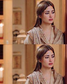 Pakistani Dramas, Pakistani Actress, Best Friend Drawings, Glitter Photography, Sajal Ali, Islamic Girl, Social Media Influencer, First They Came, Mehndi