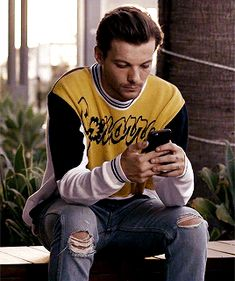 "elkoanonloveslarry: "" Behind the Times? Get the Best News Updates Online Are you missing out on the latest Louis Tomlinson news, music, and performances? Head over to this site to stay up to date on. Rebecca Ferguson, Nicole Scherzinger, Liam Payne, Harry Styles, X Factor, Bon Point, One Direction Louis Tomlinson, Louis Tomlinsom, Wattpad"