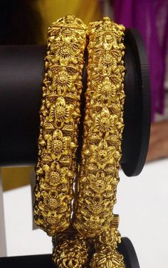 Beautiful antique kada Code : BAK 382 Price : 1395/- Whatsapp to 09581193795/- for order processing...