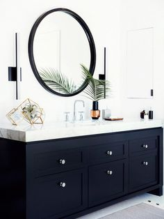 Black painted vanity with thick white marble counter and modern sconces. // Design by Mat Sanders and Brandon Quattrone I Interior Design I Mirror I Vanity I Bathroom Bathroom Trends, Bathroom Interior, Home Interior, Navy Bathroom Decor, Bathroom Inspo, Design Bathroom, Bath Design, Bad Inspiration, Bathroom Inspiration
