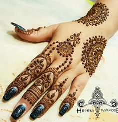 Henna Paradise is Brisbane's best and most affordable henna tattoo service also serving in Sydney and Gold Coast . We specialise in all types of Henna for weddings, Birthdays and much more! Finger Henna Designs, Mehndi Designs For Beginners, Modern Mehndi Designs, Mehndi Design Pictures, Mehndi Designs For Girls, Mehndi Designs For Fingers, Beautiful Henna Designs, Henna Tattoo Designs, Mehndi Images