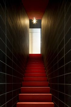 ANDY MARTIN ARCHITECTS... Red & Black