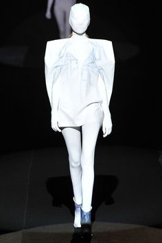 Maison Margiela Spring 2009 Ready-to-Wear Collection Photos - Vogue