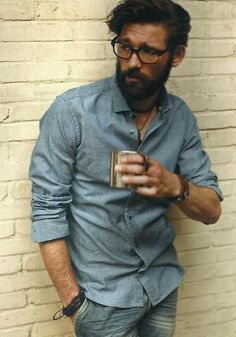 Men's chambray shirt, denim, casual style with coffee. Rugged Style, Hipsters, Sharp Dressed Man, Well Dressed, Stylish Men, Men Casual, Style Brut, Denim Bracelet, Bracelets