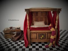 Dollhouse Miniature Magic Harry Potter Inspired Gryffindor Dormitory Bed with Invisibility Cloak Trunk in scale Harry Potter Dolls, Harry Potter Halloween, Harry Potter Room, Diy Dollhouse, Dollhouse Miniatures, Houses Architecture, Barbie Sets, Custom Funko Pop, Miniature Houses