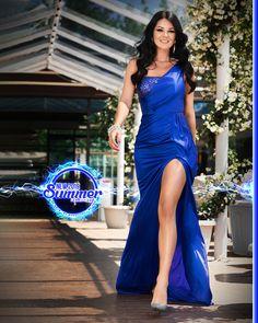 Disponibila pe www. One Shoulder, Formal Dresses, Summer, Fashion, Tea Length Formal Dresses, Moda, Summer Time, Formal Gowns, Fashion Styles