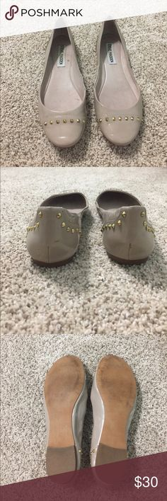 Steve Madden nude studded flats! Worn once!!! (I bought the wrong size). Super cute and great for work. Size 6 patent leather flats. Steve Madden Shoes Flats & Loafers