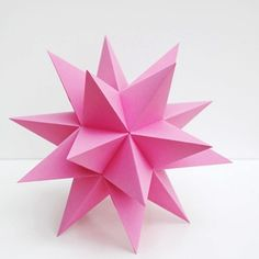 Tutorial and templates to make a Stellated Dodecahedron.