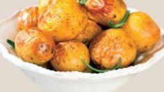 Zemiaky so zelenou omáčkou | Recepty.sk