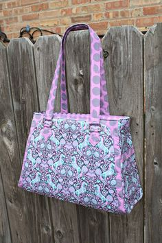 Park West Bag by Sew Sweetness using Tula Pink Fox Field fabric.