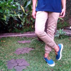 MENS | LONG PANTS  In frame: Chino Joger Pants, grab it fast guys :)