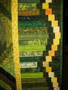 A quilt on display at the Dubois Quilt Show, in Wyoming,  featured this attractive and unique border.