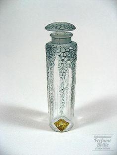 Les Fleurs, Forvil Glass Perfume Bottle By Rene Lalique - France  c.1924