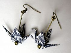 Origami earrings - dark blue crane with white drawing: earrings by kirikat Origami Diy, Origami And Quilling, Origami Paper Art, Origami Jewelry, Quilling Jewelry, Paper Jewelry, Paper Beads, Jewelry Crafts, Handmade Jewelry