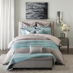 Presenting our new Sea of Tranquility queen size bedding collection, created in a beautiful and soothing cool color palette of soft grey and sky blue.
