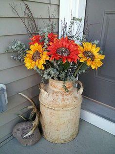 Awesome Farmhouse Front Porch Decor Ideas