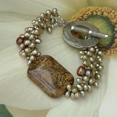 Chunky Pearl Bracelet (inspiration piece)