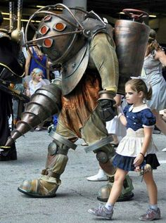 this is an awesome bioshock parent/daughter thing