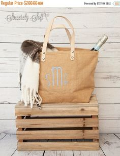 9 Monogrammed Jute Tote Bags, Personalized Jute Tote, Bridesmaid Gifts, Bridal Totes, Monogrammed Bridesmaid Gift, Bridesmaid Gift Idea