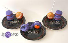 """Halloween original design by Le Pop Shop- chocolate & vanilla cake pops, backberry macarons, pumpkin macaron pops Le Pop, Chocolate And Vanilla Cake, Halloween 2013, Samhain, Macaroons, Cake Pops, Pumpkin, Desserts, Shopping"