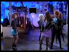 Dolly Dots - What A Night - YouTube