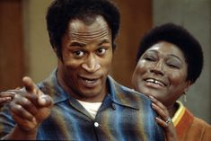 American actors John Amos and Esther Rolle in a scene from the television show 'Good Times' Los Angeles California 1975 Good Times Tv Show, Martin And Gina, John Amos, Norman Lear, Black Fathers, Wife And Kids, All In The Family, Black Families, African American History