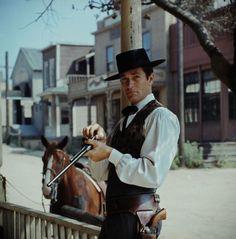 "Hugh O'Brian as Wyatt Earp/....great character actor in films and TV. Appeared in John Wayne's last movie ""The Shootist."""