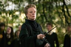 Dame Maggie Smith talks career, 'Potter' and her battle with cancer | MuggleNet