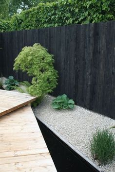 Garden design, a contemporary Scandi inspired makeover. Alice in Scandiland. love the black against wood against gravel with grasses Garden Fence Panels, Garden Fencing, Back Gardens, Outdoor Gardens, Wire Trellis, House Landscape, Home Landscaping, Summer Garden, Garden Inspiration