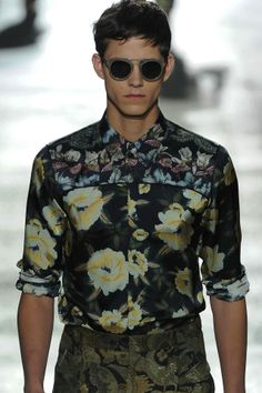 Mixed florals and textures from @DriesVanNoten #Menswear