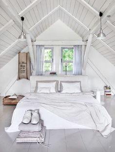 Check Out 39 Dreamy Attic Bedroom Design Ideas. An attic bedroom is usually associated with romance because it's great to get the necessary privacy. Attic Bedroom Designs, Bedroom Loft, Bedroom Decor, Bedroom Lighting, Light Bedroom, Bedroom Furniture, Wall Decor, Master Bedrooms, Attic Design