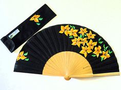 """Spanish fan hand painted with matching sheath """" yellow corsage"""" Hand Held Fan, Hand Fans, Chinese Fans, Fan Decoration, 50th Wedding Anniversary, Fantasy Weapons, Fabric Dolls, Decorative Accessories, Cool Art"""