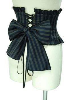 AyraLeona - Steampunk and Lolita Mode Steampunk, Steampunk Couture, Steampunk Corset, Steampunk Cosplay, Victorian Steampunk, Steampunk Clothing, Steampunk Fashion, Renaissance Clothing, Steampunk Necklace