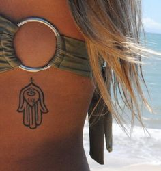Salto alto e Saia justa: Minha tattoo - Hamsa