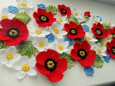 Crochet poppies, inspiration only. The link is bad.