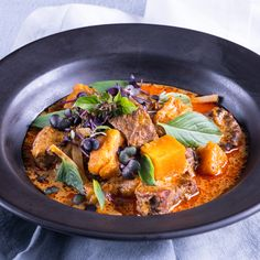 Slow-Cooker Beef&Butternut Red Curry