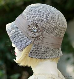 Handmade 20s Fabric Hat Winter Warm Velvet in Purple
