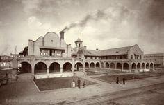 Castaneda Hotel, Las Vegas, New Mexico Photographer: Louis C. McClure Date: 1904? Negative Number 014705