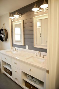 Modern farmhouse bathroom decor ideas with cabinets design (48)