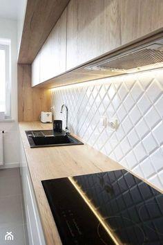 Przytulna nowoczesność <3 - zdjęcie od dobrawixa Kitchen Interior, Tile Floor, Shelves, Flooring, Outdoor Decor, House, Stairs, Home Decor, Design