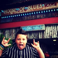 Are you ready to rock? Sontard performing @ the HOUSE OF BLUES!!! so cool!