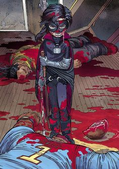 Am I the only one who thinks Hit-Girl is better in the comic??? - her costume I think is better